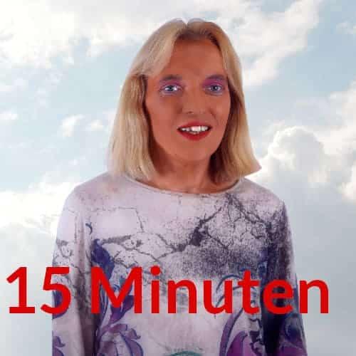Spirituelle Lebensberatung 15 Minuten Engelmedium Nadka Hafendörfer vor Wolken